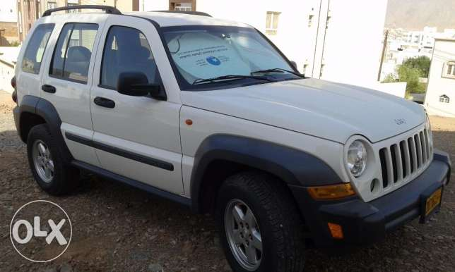 2006 GCC Jeep Cherokee - Low kilometers مسقط -  1