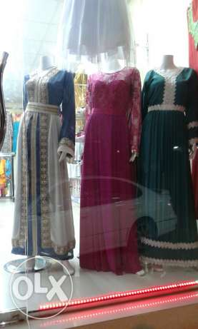 Sale of pustan and stitching at reasonable rate بركاء -  2