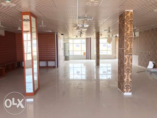 For rent big showroom in Fanja بدبد -  2