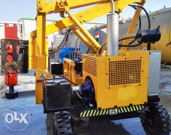 Guard Rail Pile Driver Machine مسقط -  2