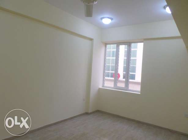 2 BR Elegant Flats in North Ghubrah (for bachelors also) بوشر -  4