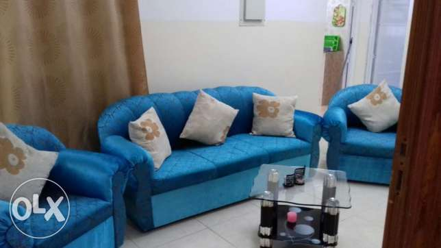 Almost new sofa for sale مسقط -  1