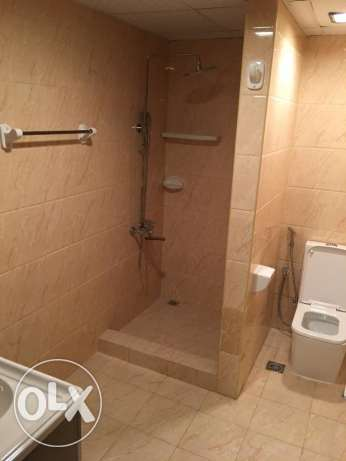 a new flat for rent in al mawaleh 11 in a new building السيب -  3