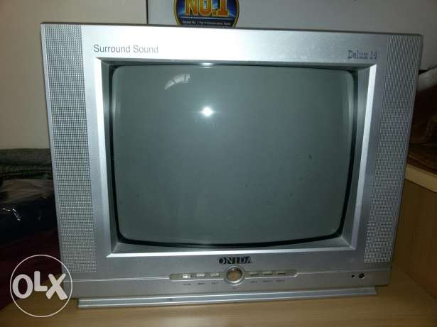 Small TV urgent sale. 5 omr only
