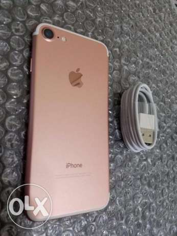 apple iphone 7 rose excellent condition