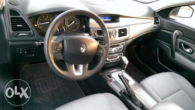 Renault Safrane 2012 full agency service expat use mint condition مسقط -  8