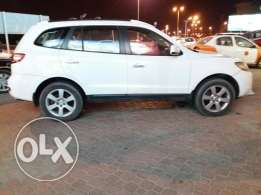 Hyundai Santafee very very good condition available for immediate sale