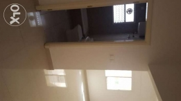 3 Bed room flat near Muscat Hospital