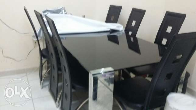 Dinning table with chairs مسقط -  1