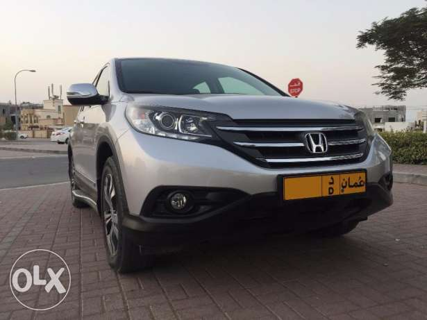 HONDA-CRV Full Option Expat Indian Lady Driven السيب -  1