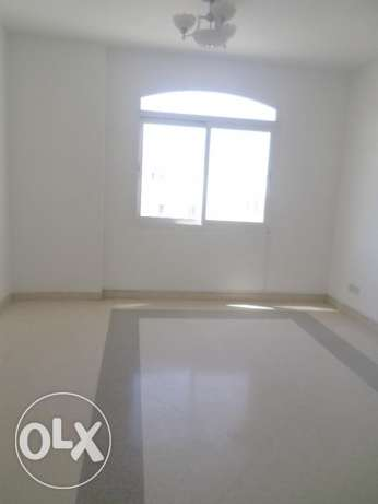 2 BR Lovely Penthouse Flat in Qurum بوشر -  3