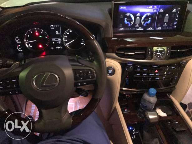 lexus Lx 570 wakala bhawan oman for sale only 5 months use مسقط -  4