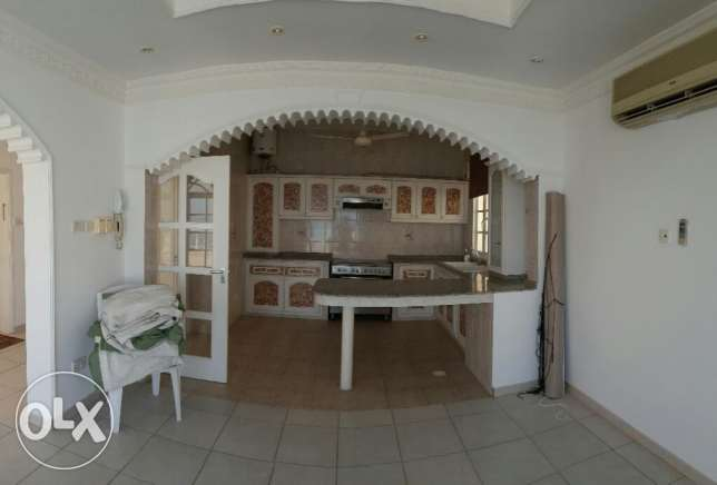 Al Hail North Penthouse Specious Flat with Private Terrace & Parking i مسقط -  3