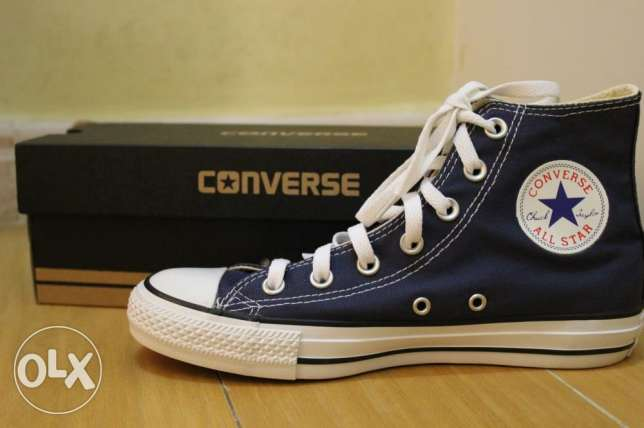 converse shoes (Navy blue)
