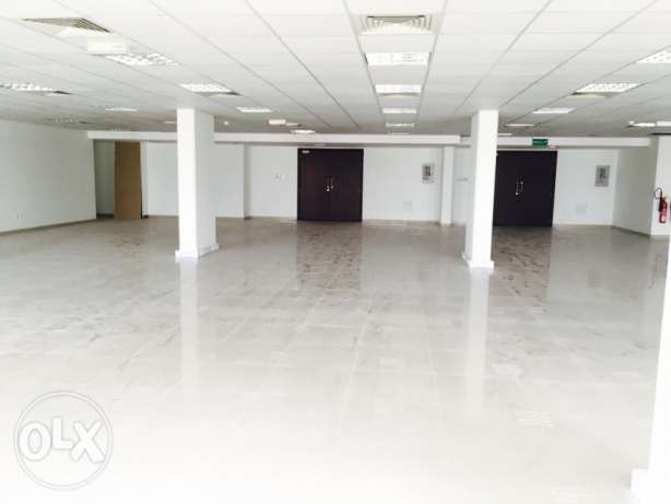 office spaces at prime location in quram opp carrefoure 600riyal القرم -  1