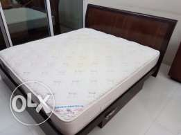 Bed with Cloud Nine Mattress - throwaway price