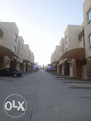 Compound Luxury Townhouse in Muna Heights مسقط -  7
