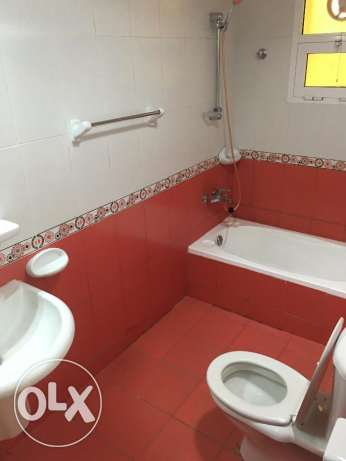 new flat for rent in ghala in good location and big area مسقط -  5
