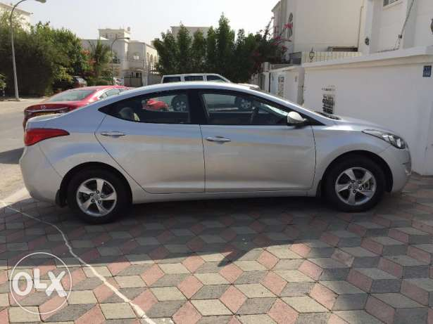 Hyundai Elantra 1.8 for Sale! مسقط -  4