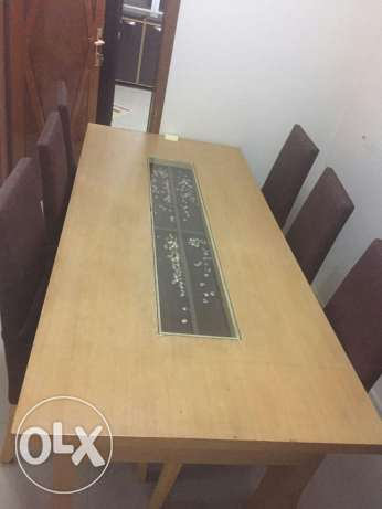 Dining table with 6 chaires from senter point بوشر -  1