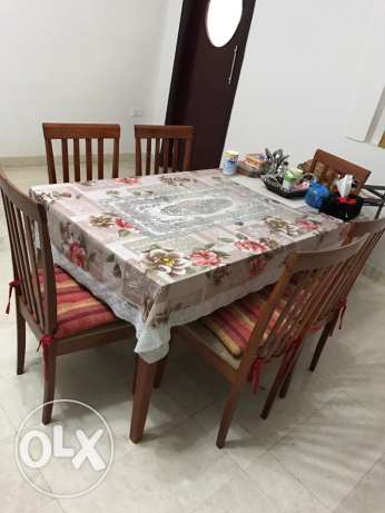 dining table with 6 chairs مسقط -  1