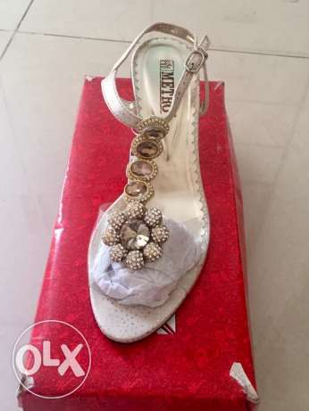 beautiful transparent shoes size 37