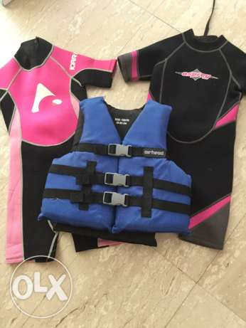 Children's shorty wetsuits and life jacket