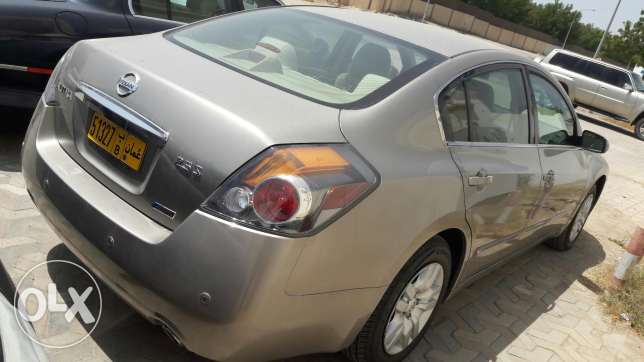 Altima 2012 .available instalment monthly 75 مسقط -  2
