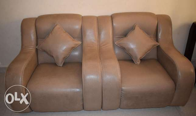 Sofa Set - Expat Leaving Oman