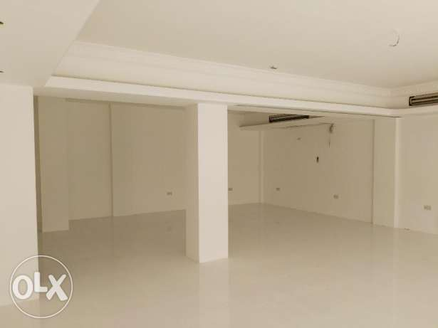 Shop / Office Space in Al Khuwair