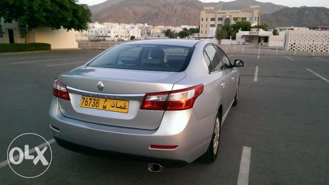 Renault Safrane 2012 full agency service expat use mint condition مسقط -  3