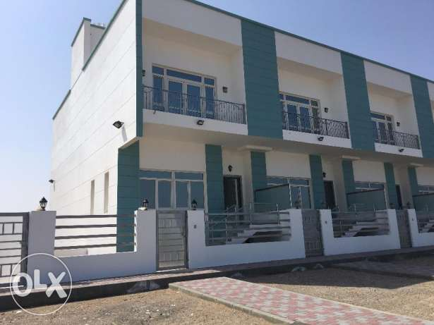new villa for rent in l heil north on the sea for 1000 RO السيب -  1