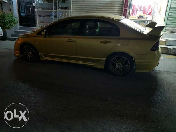 Honda civic 2006 in good condition.