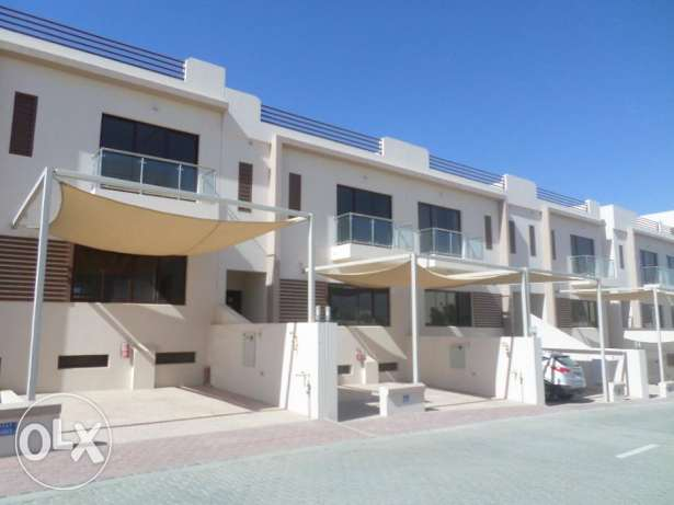 3 + 1 BR Townhouse in Muscat Hills with Private Pool