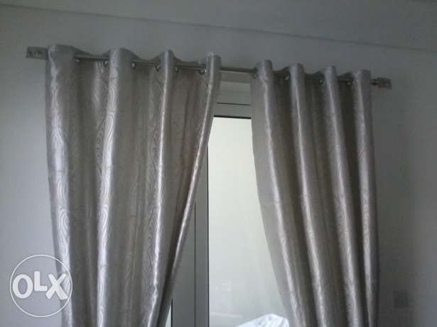 gud quality curtains 1 pair with heavy duty rods imed sale مسقط -  1