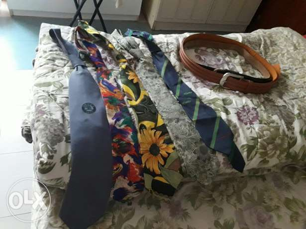 5 Ties with two belts