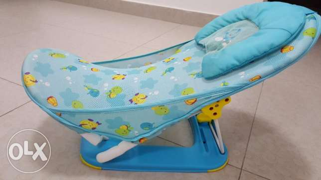 Baby Bath seat in good condition (immediate sale - expat leaving)