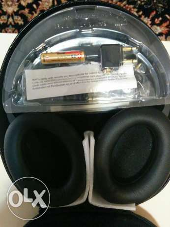 Bose headphone for sale very good deal مسقط -  1