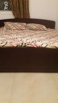 High quality solid bed in good condition not much used urgent sell