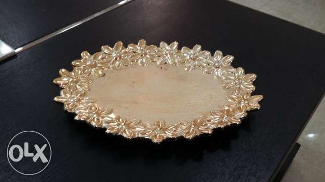beautiful golden plate مسقط -  1