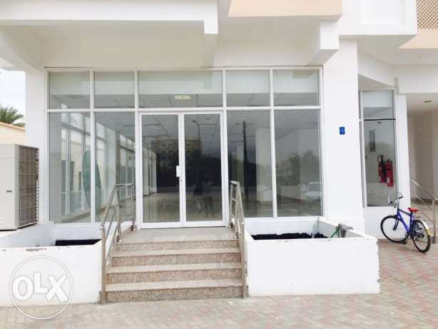 KLI9- Showroom For Rent In AL Ghubra Near Mars 270 Sq.Meter