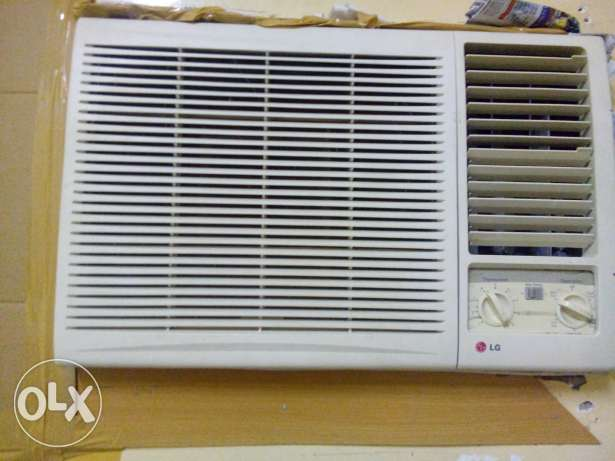 Air conditioner in good condition 1.5 ton