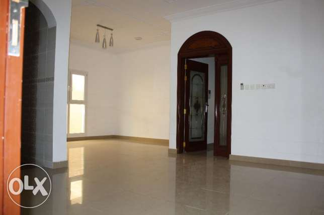 villa for rent in al mawaleh south near to vegetable souk مسقط -  7