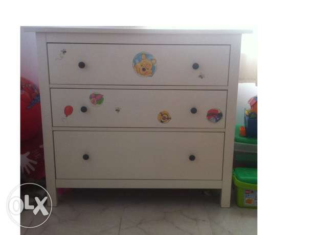 Chest of drawer مسقط -  1