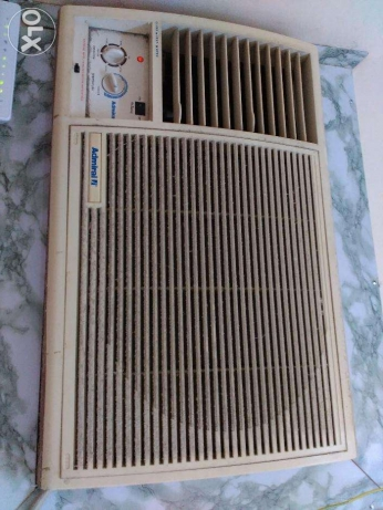 Window aircon in good condition