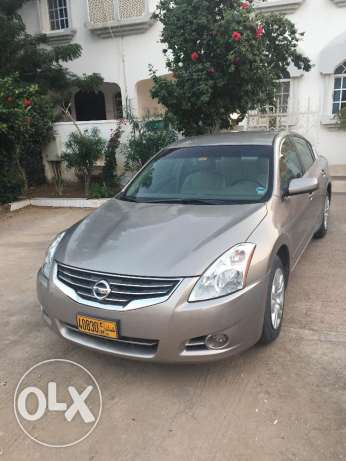 A Well Maintained City Driven Owner Car in Excellent Shape مسقط -  1
