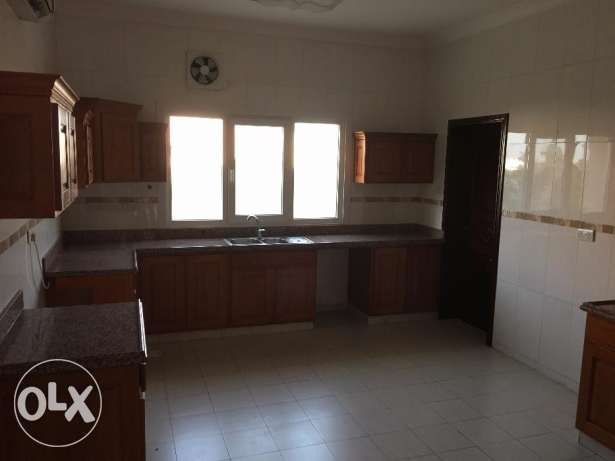 nice villa for rent in bosher almona inside complex just for 1100 مسقط -  3