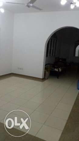 Room with attached bathroom &separate Kitchen for rent in Villa-Azaiba مسقط -  5