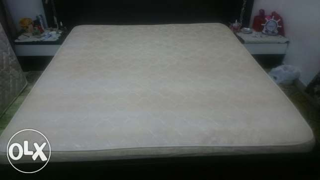 Medical king size mattress, excellent