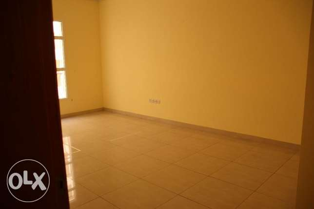 room for rent in qurum for filipino only 140 omr